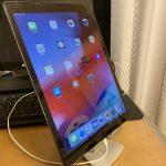 iPad 12.9インチでも安定するタブレットスタンド